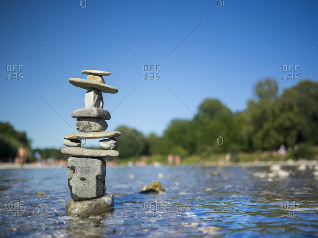 Cairn in Isar river