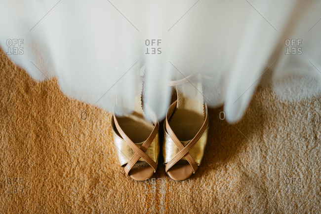Wedding dress and open toed shoes