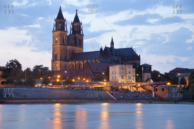 Banks of the Elbe and the Cathedral of Magdeburg at dusk, Magdeburg