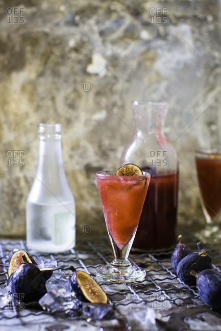 Black fig shrub cocktail and ingredients
