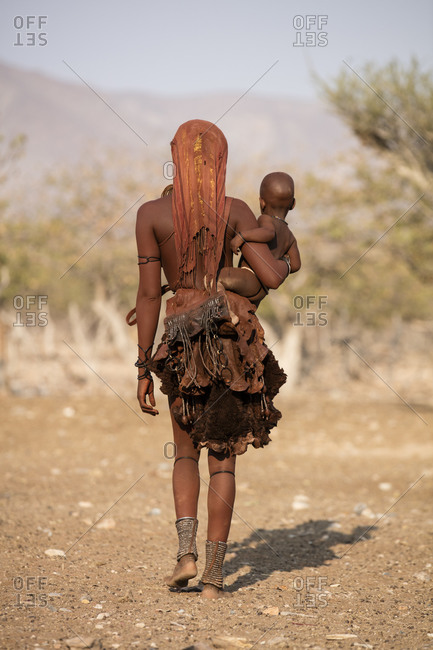 Himba lady with baby - Offset