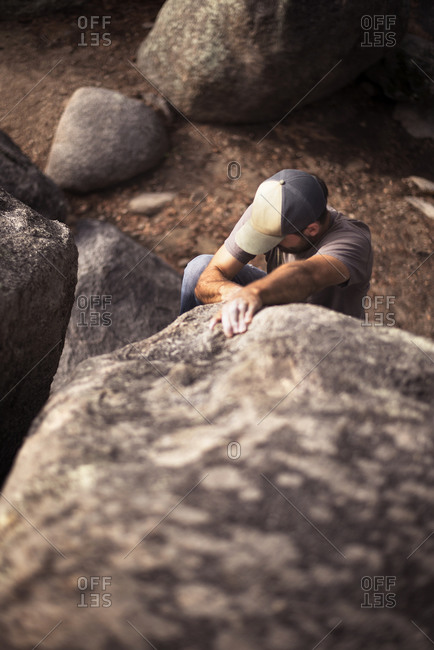 Bouldering in Groom Creek, Arizona