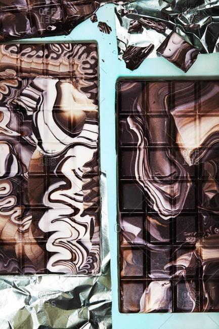 Bars of swirled white and dark chocolate