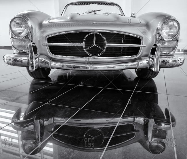 Front of classic Mercedes Benz roadster