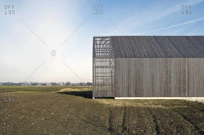 Modern house design inspired by an old barn