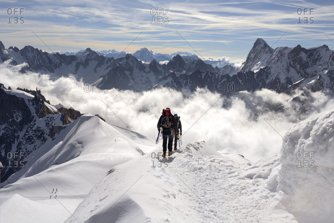 Mountaineers and climbers, Aiguille du Midi, Mont Blanc Massif, Chamonix, French Alps, Haute Savoie, France