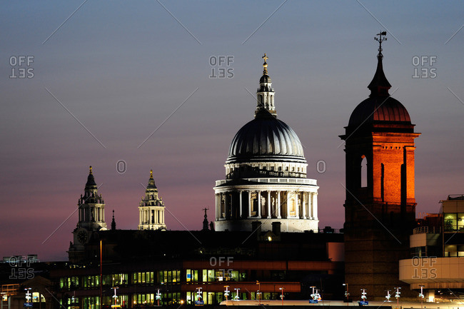 St. Paul's Cathedral behind Cannon Street Station, City of London, London, England, Great Britain, United Kingdom