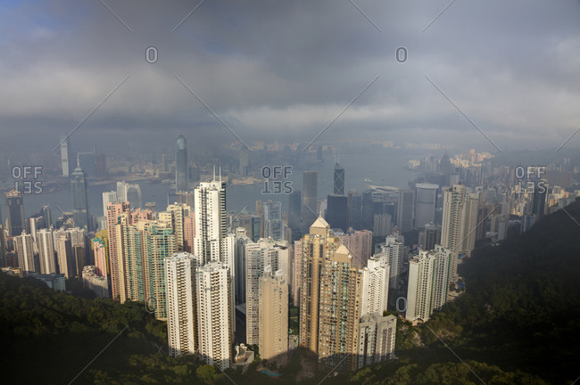 View of downtown area of Hong Kong from the peak viewing area, Hong Kong, China