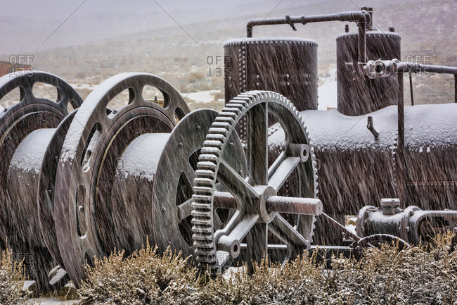 Old mining machinery in field, Bodie State Park, Bodie, California, USA