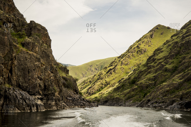 Wake of a jet boat at Hells Canyon reach of Snake River Basin, Columbia River Basin, Idaho, USA