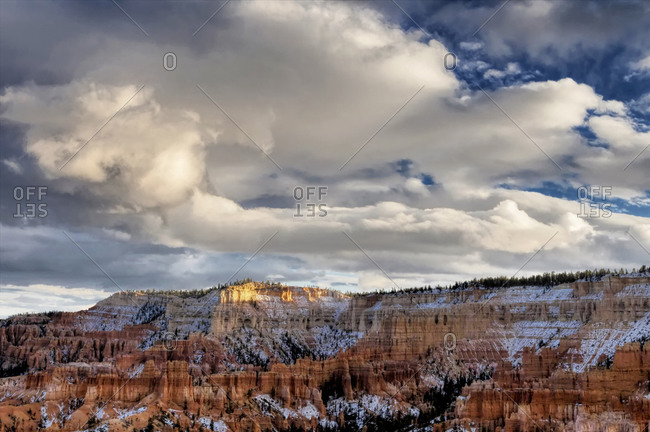 Early snow on autumn landscape, Bryce Canyon National Park, Utah, USA