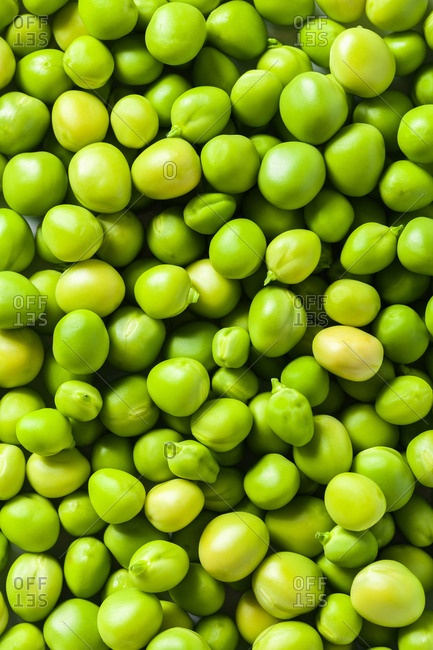 Close up of raw shelled peas