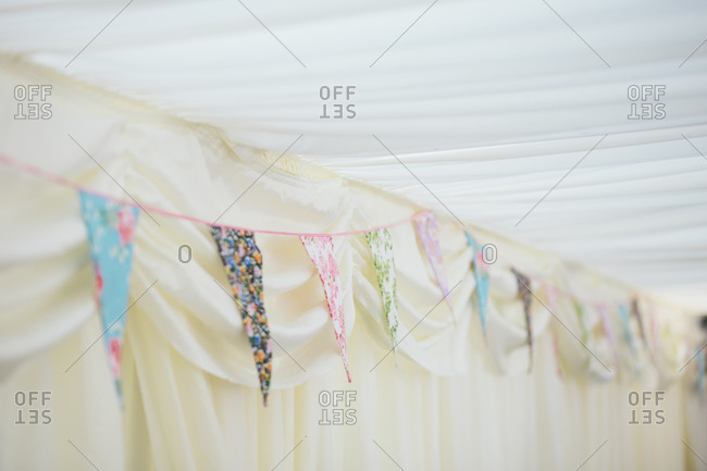 Pendants with various patterns at wedding