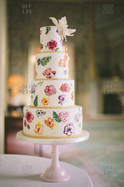 Wedding cake with flower paintings