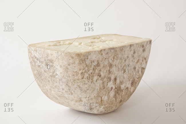 Hard cheese made from sheep's milk in Vermont