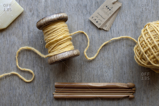 Yarn and wooden knitting needles