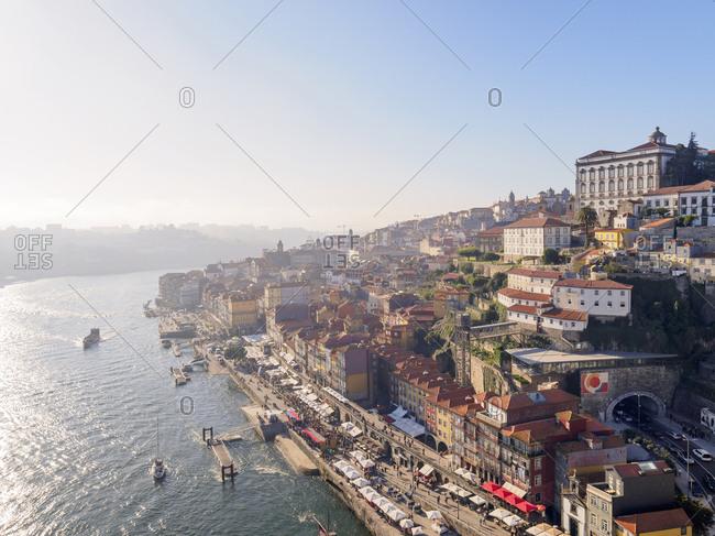 View of the city of Grande Porto along the Douro river