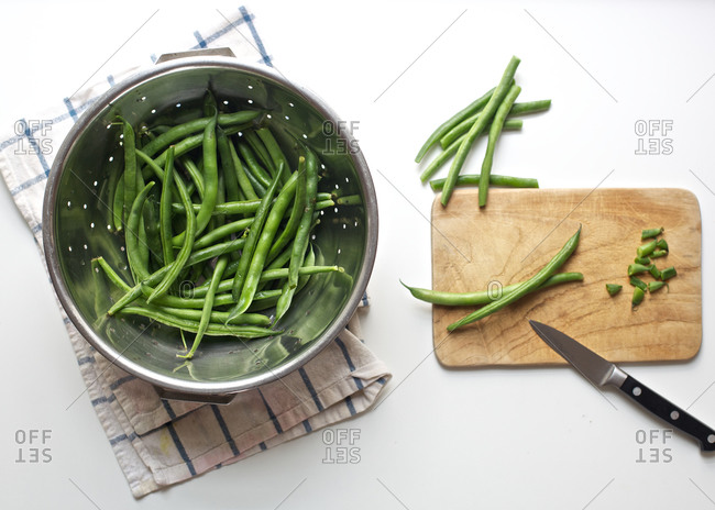 String beans whole and chopped
