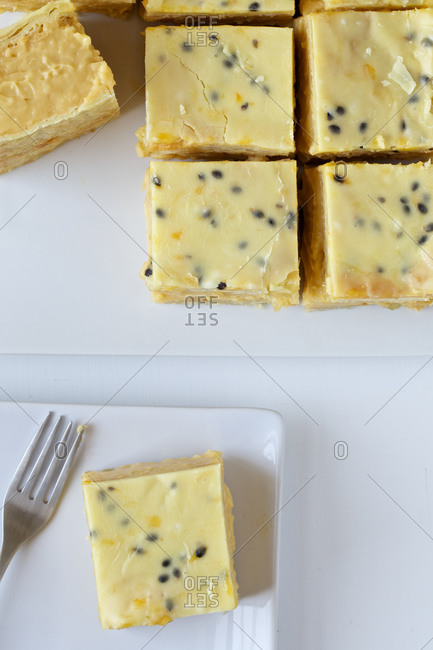 Passion fruit and vanilla bars
