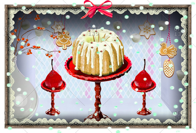 Diorama with Bundt cake and Christmas decorations