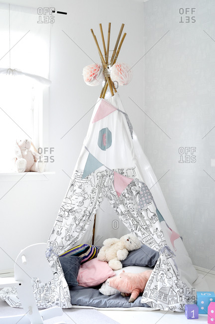 Child's whimsical indoor tent