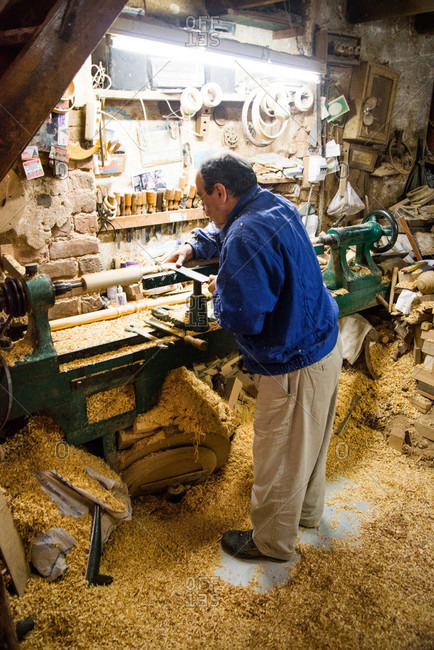 Man carving wood spindles in Istanbul