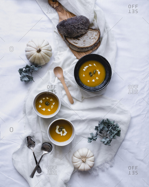 Acorn squash soup with fresh bread