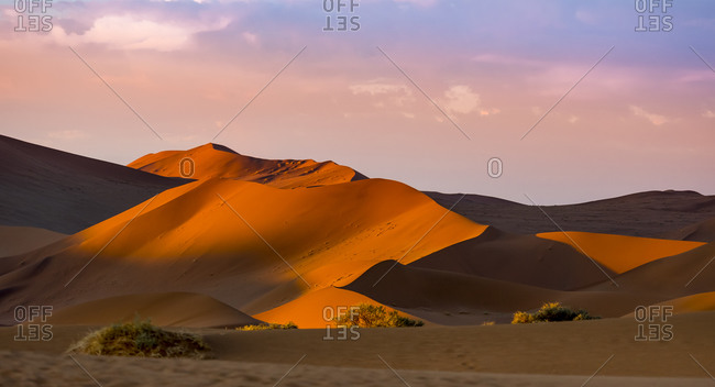 Sand dunes at Dead Vlei in the evening
