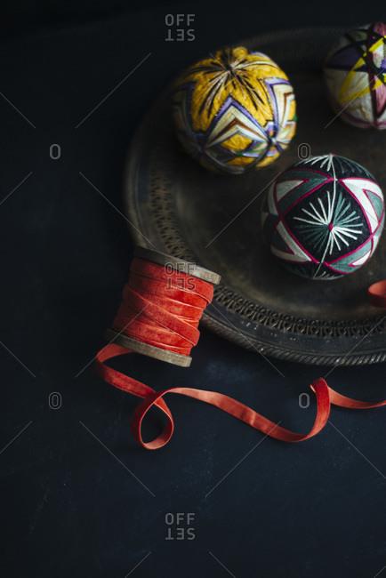 Decorative Christmas ribbon and string ball ornaments