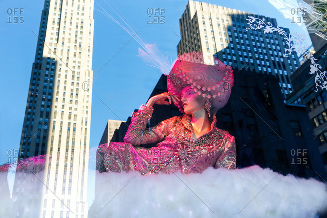 New York, NY, USA - December 16, 2015: Mannequin in Christmas display