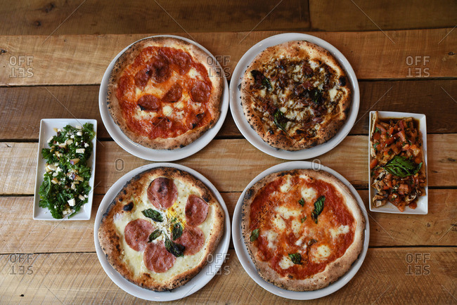 Pizzas with hors d'oeuvres