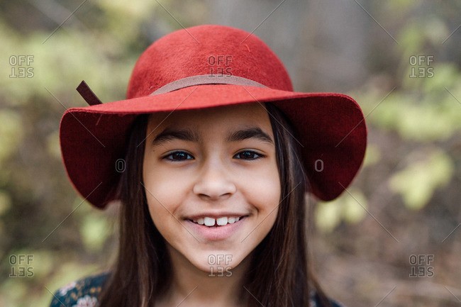 Girl in a wide brimmed hat