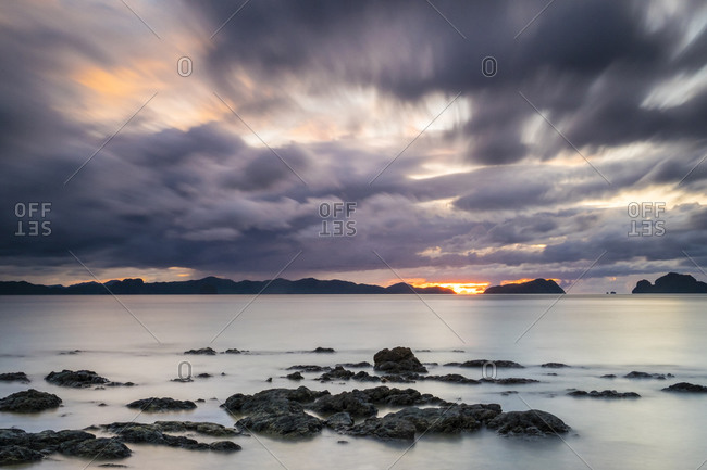 Dolarog Beach at sunset, El Nido, Philippines