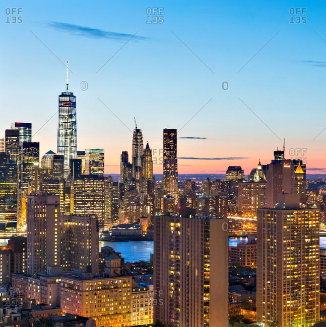 Buildings of the New York skyline at dusk