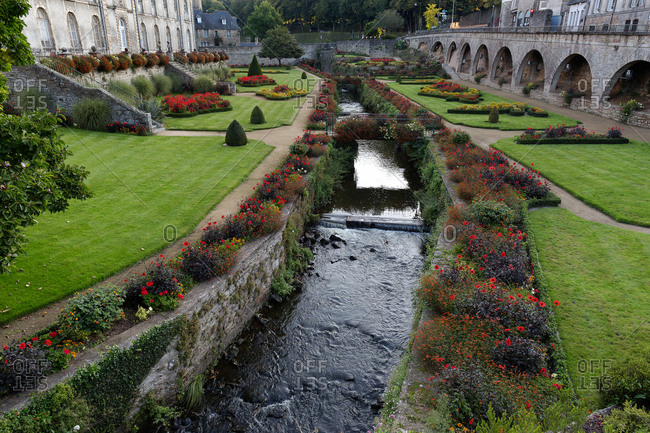 Le Marle River running through gardens at Chateau de l'Hermine, Vannes, France