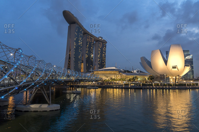Singapore - November 2, 2015: Marina Bay, Marina Bay Sands Hotel and ArtScience Museum in the evening