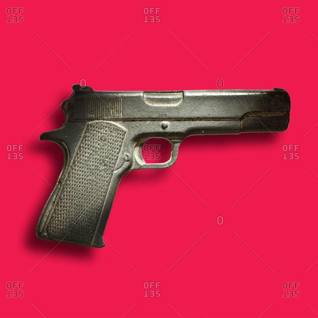 Fake gun trinket