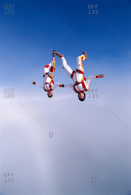 Parachute jumpers in the air