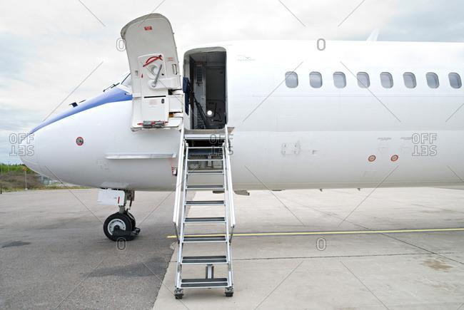 An airplane, MD-83, Sweden - Offset
