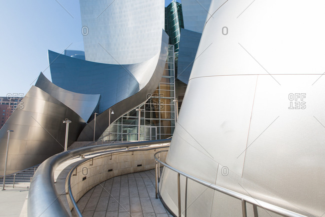 Exterior view of Walt Disney Concert Hall in Los Angeles, California