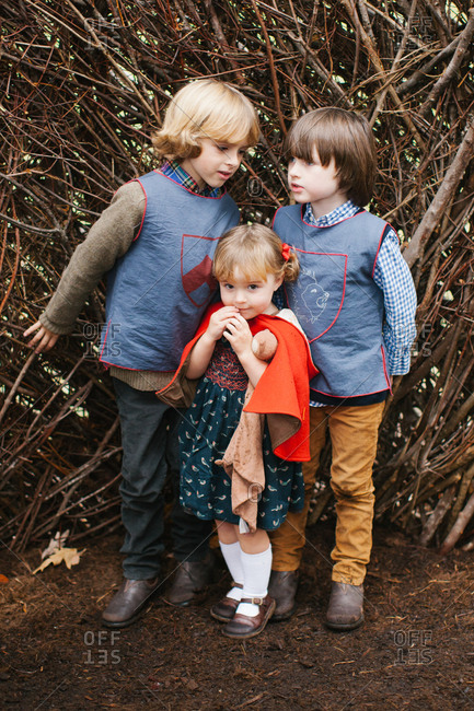 Kids in fairy tale costumes