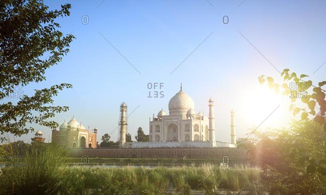 Panorama of Taj Mahal with guesthouse left, Yamuna river