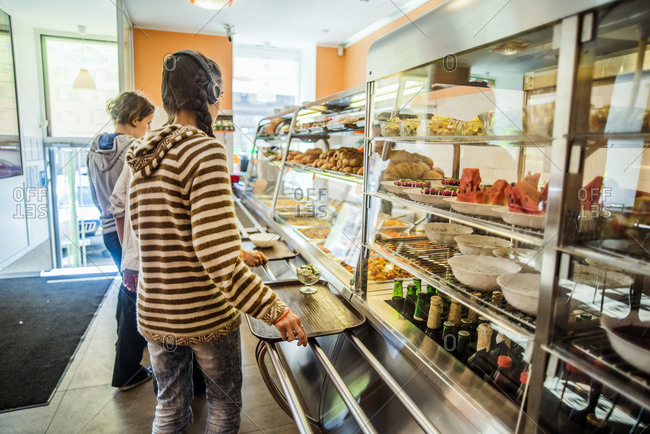 People purchasing food at cafeteria