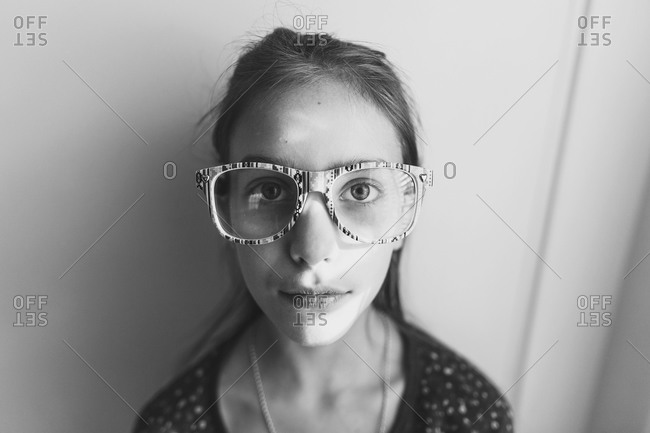 Close-up of a girl wearing eyeglasses