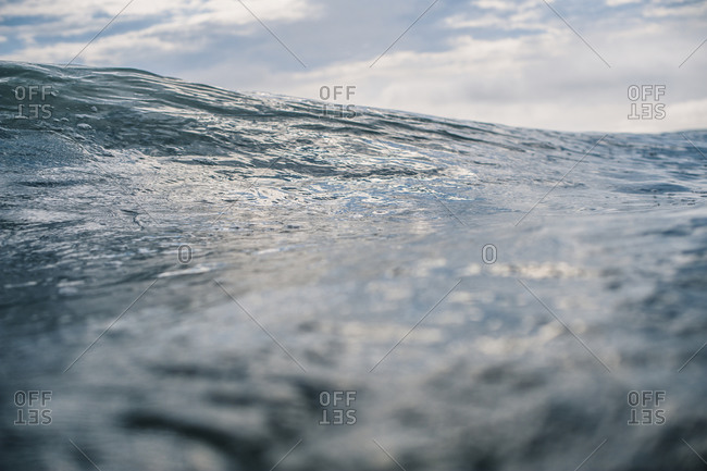 Surface perspective of a wave swell in the ocean