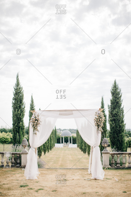 Canopy structure for outdoor wedding