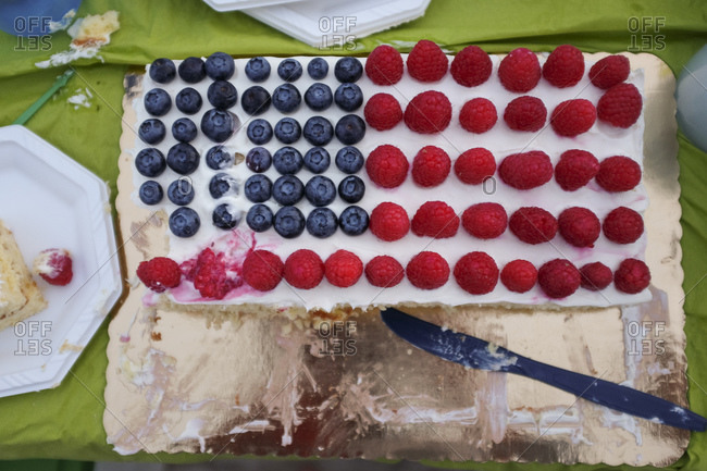 Cake made of berries and shaped like the American flag