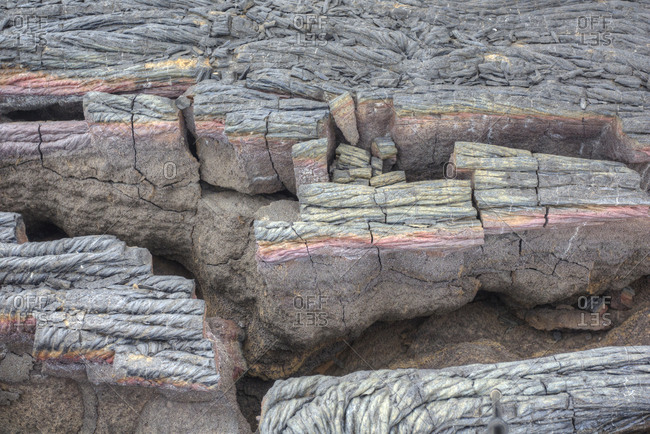 Close view of cooled, ropelike pahoehoe lava flow