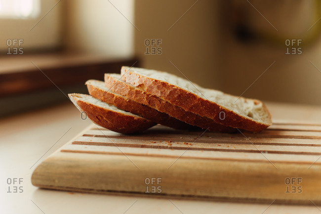 Close up of bread slices on a cutting board