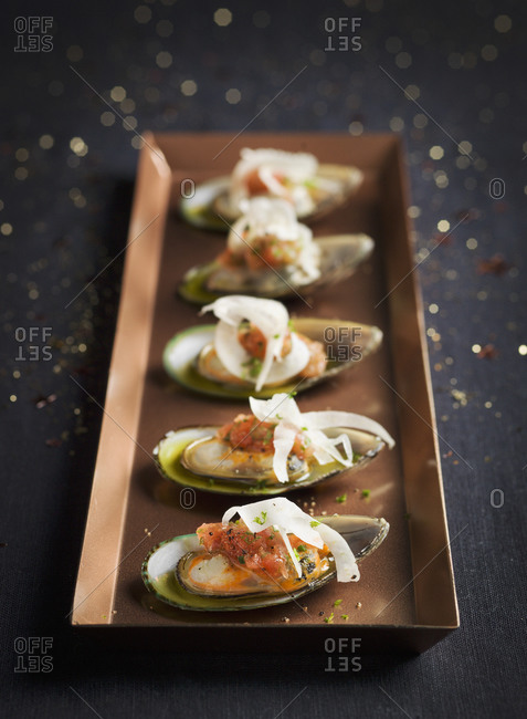 Mussels on tray